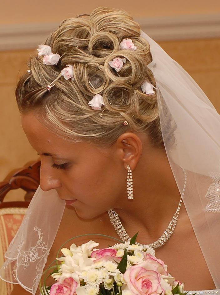 Свадебные прически с короткими волосами фото смотреть