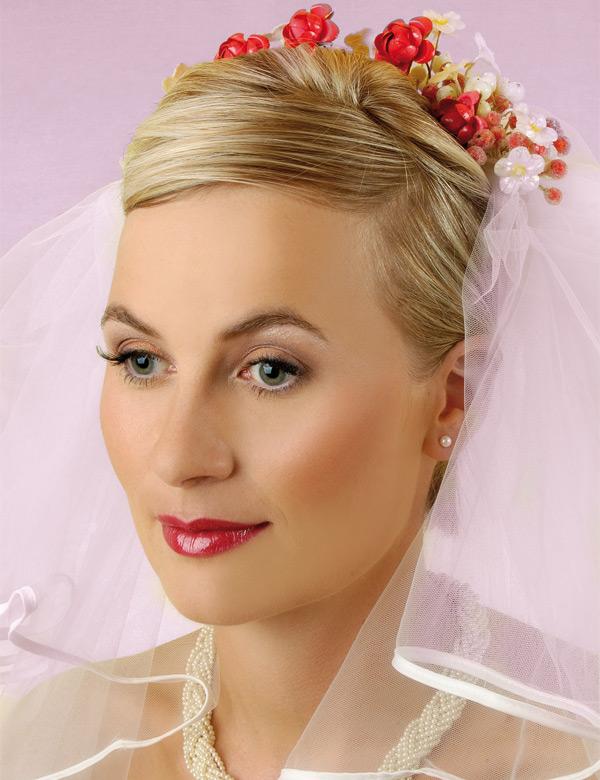 Причёски невестам из коротких волос